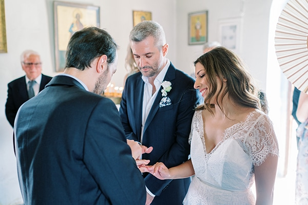 summer-micro-wedding-athens-white-hues_11