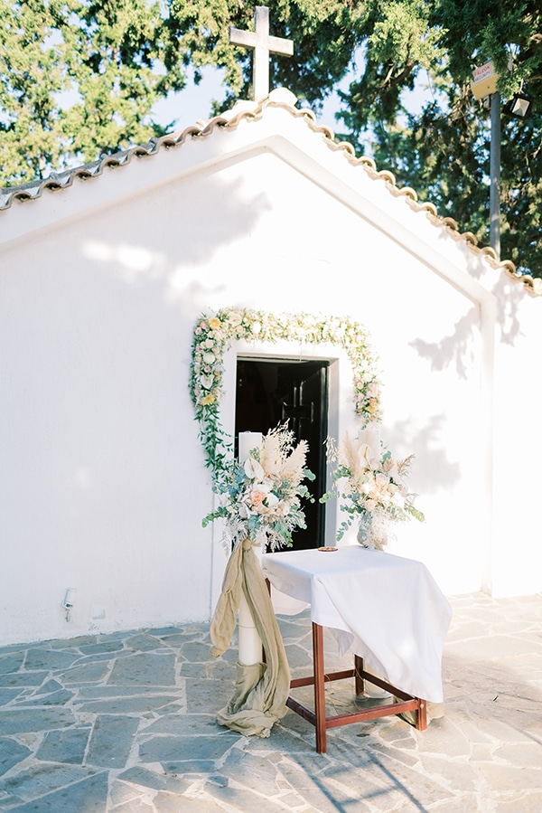 summer-wedding-athens-beautiful-florals_09