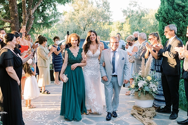 summer-wedding-athens-beautiful-florals_13