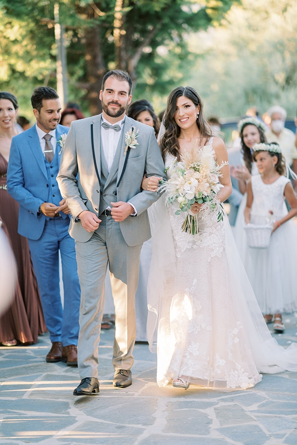 summer-wedding-athens-beautiful-florals_17