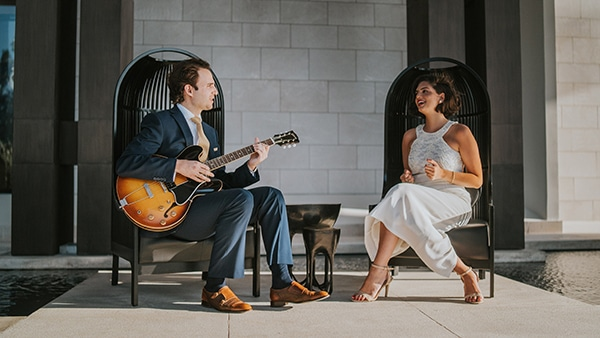 unique-wedding-entertainment-vintage-flair_01
