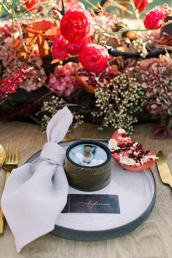 Ρουστίκ μπομπονιέρα γάμου με ξύλινο κουτάκι