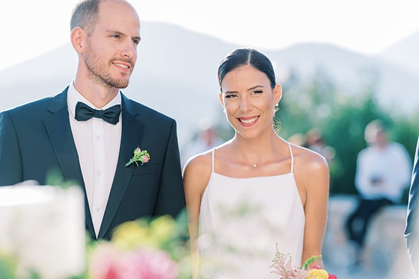 beautiful-fall-wedding-baptism-vivid-colors_01x