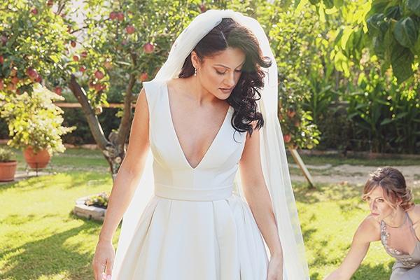 bohemian-fall-wedding-xanthi-white-purple-hues_10