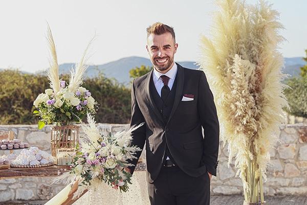 bohemian-fall-wedding-xanthi-white-purple-hues_13