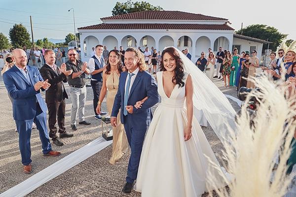 bohemian-fall-wedding-xanthi-white-purple-hues_13x