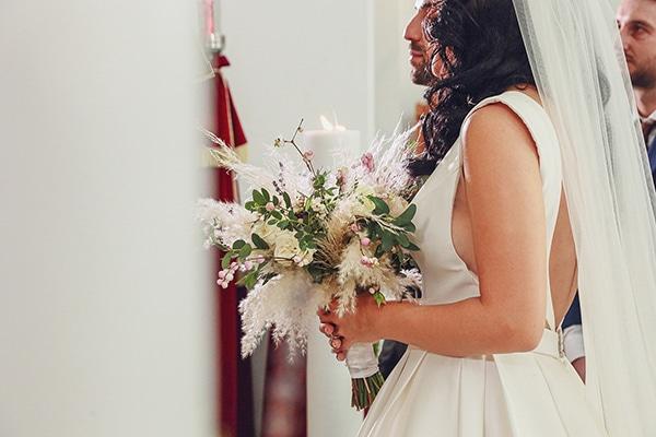 bohemian-fall-wedding-xanthi-white-purple-hues_19