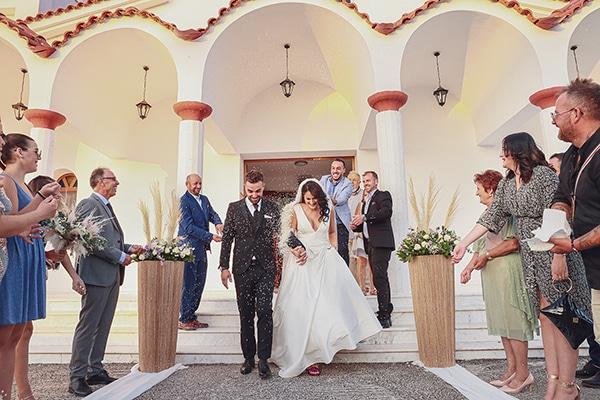 bohemian-fall-wedding-xanthi-white-purple-hues_20
