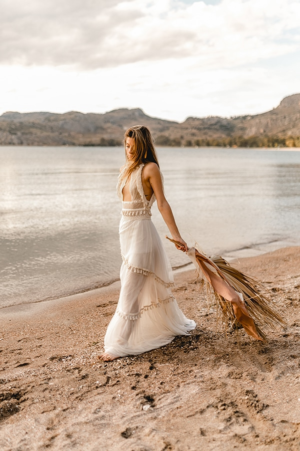 bridal-dress-ultra-bohemian-bridal-look_06x