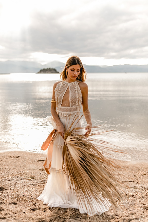 bridal-dress-ultra-bohemian-bridal-look_08x