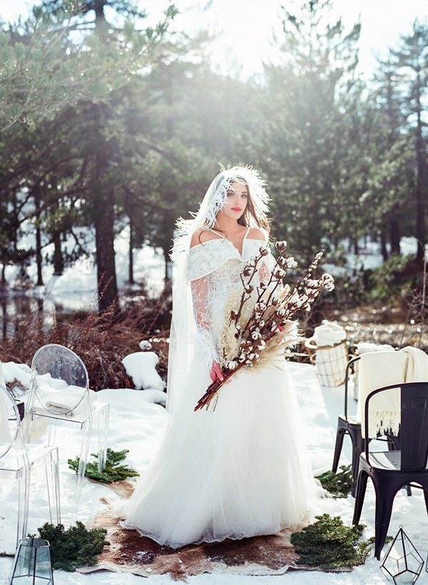 dreamy-winter-styled-shoot-snow-cozy-details_01