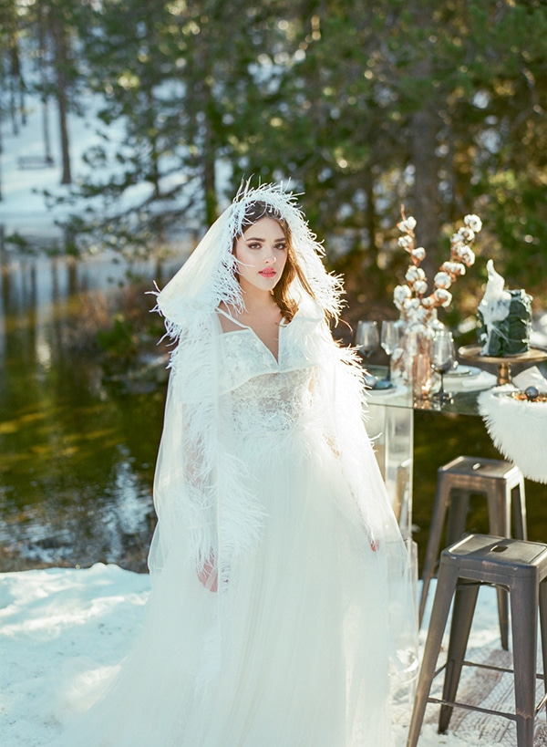 dreamy-winter-styled-shoot-snow-cozy-details_22