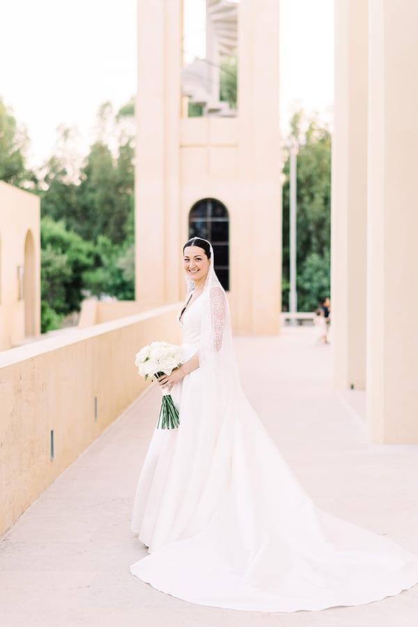 romantic-summer-wedding-athens-white-colours_04