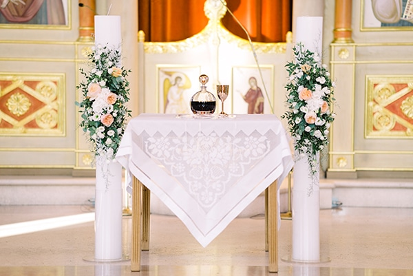 romantic-summer-wedding-athens-white-colours_15