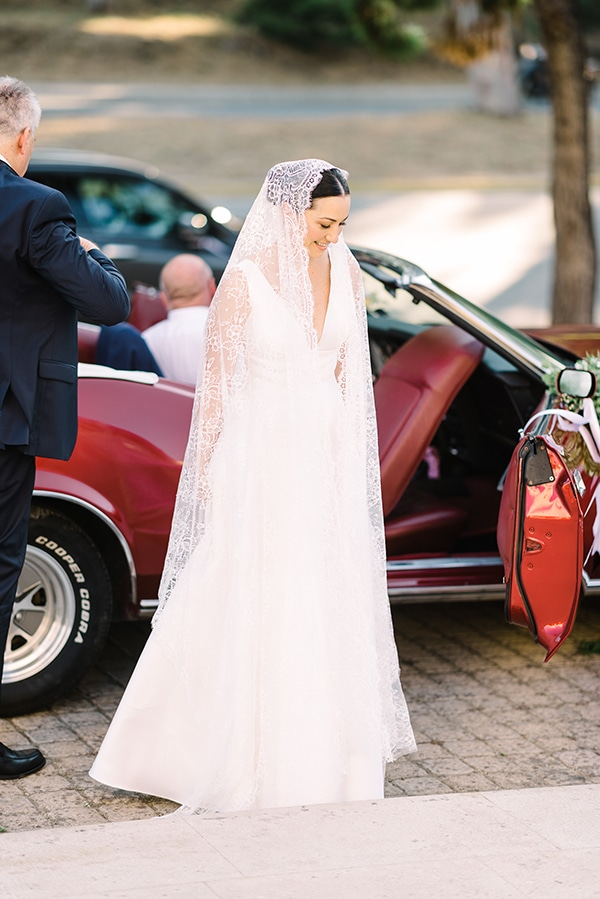romantic-summer-wedding-athens-white-colours_17