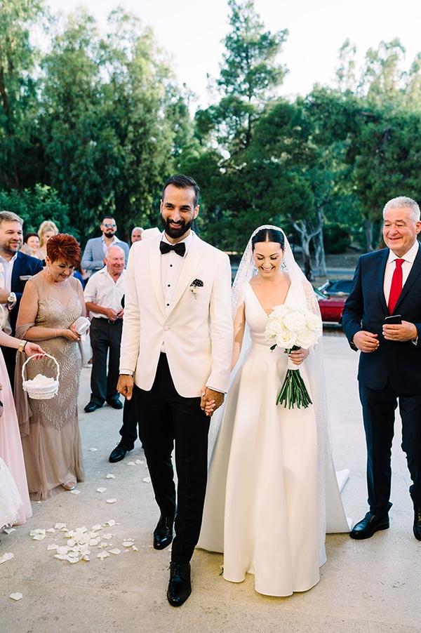 romantic-summer-wedding-athens-white-colours_20