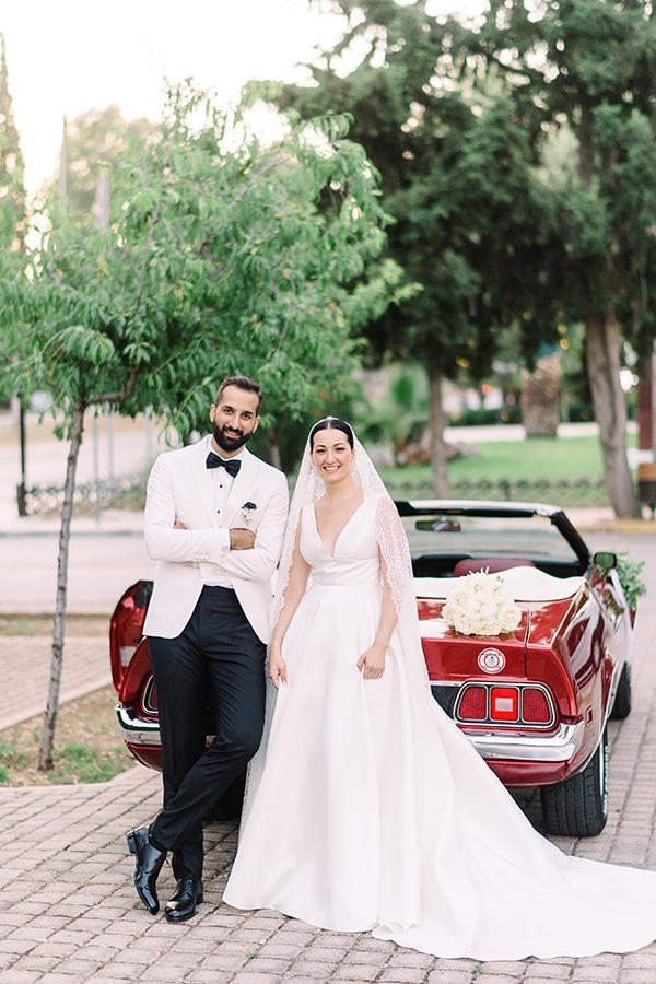romantic-summer-wedding-athens-white-colours_23x