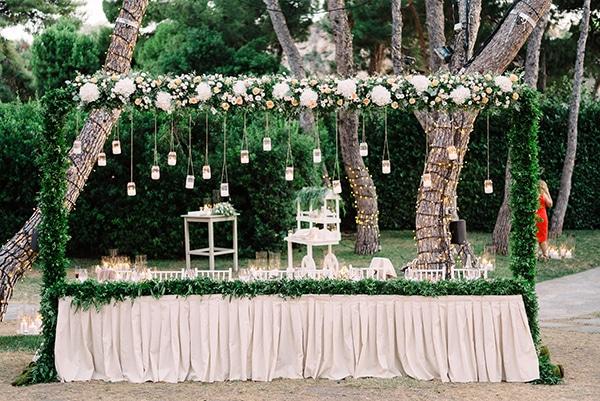 romantic-summer-wedding-athens-white-colours_28