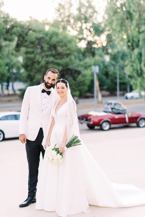 romantic-summer-wedding-athens-white-colours_32x