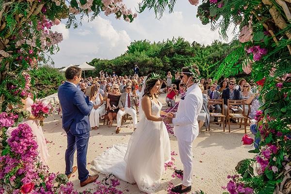 romantic-summer-wedding-kefalonia-bougainvillea_06