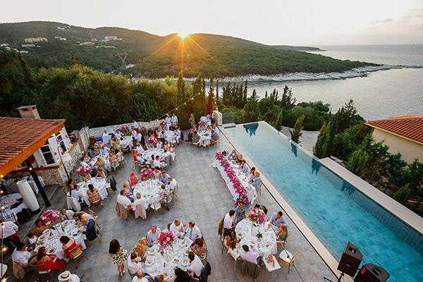 romantic-summer-wedding-kefalonia-bougainvillea_09