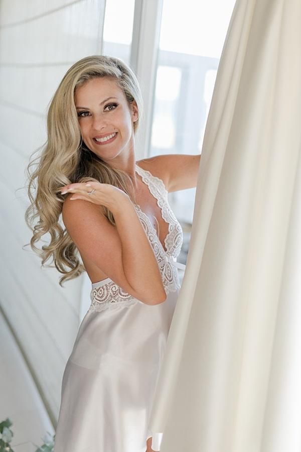 stunning-summer-wedding-athens-gold-coral-details_06