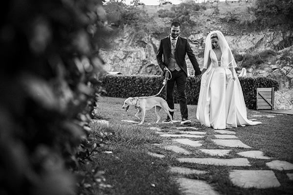stunning-summer-wedding-athens-gold-coral-details_29