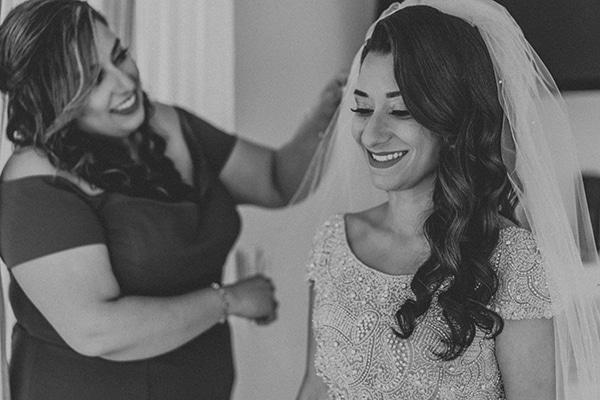 summer-traditional-wedding-crete-peonies-kalles_03x