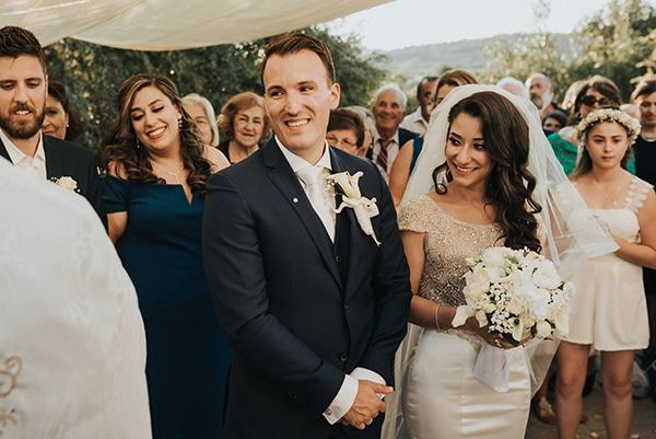 summer-traditional-wedding-crete-peonies-kalles_14