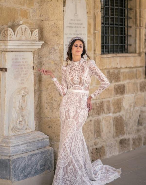 unique-wedding-dresses-impressive-bridal-look_02x