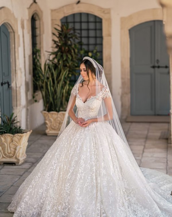 unique-wedding-dresses-impressive-bridal-look_03