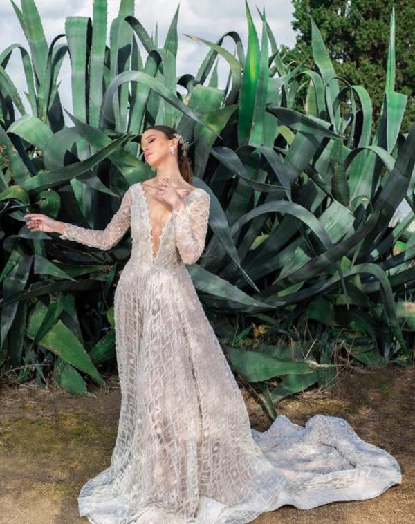 unique-wedding-dresses-impressive-bridal-look_08