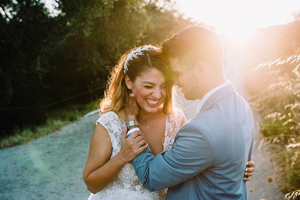 Υπέροχος καλοκαιρινός γάμος σε αποχρώσεις του λευκού και του μωβ │Ανθή & Αντώνης