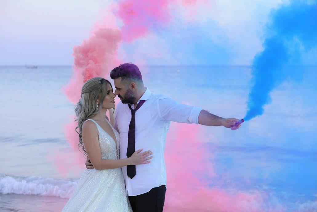 Όμορφος φθινοπωρινός γάμος στη Λευκωσία με ρομαντική διάθεση και κυρίαρχο χρώμα το λευκό