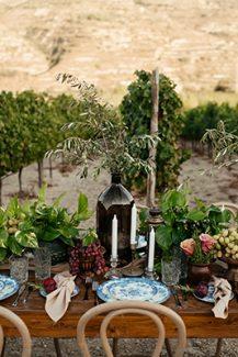 Ξεχωριστός vineyard στολισμός γαμήλιου τραπεζιού