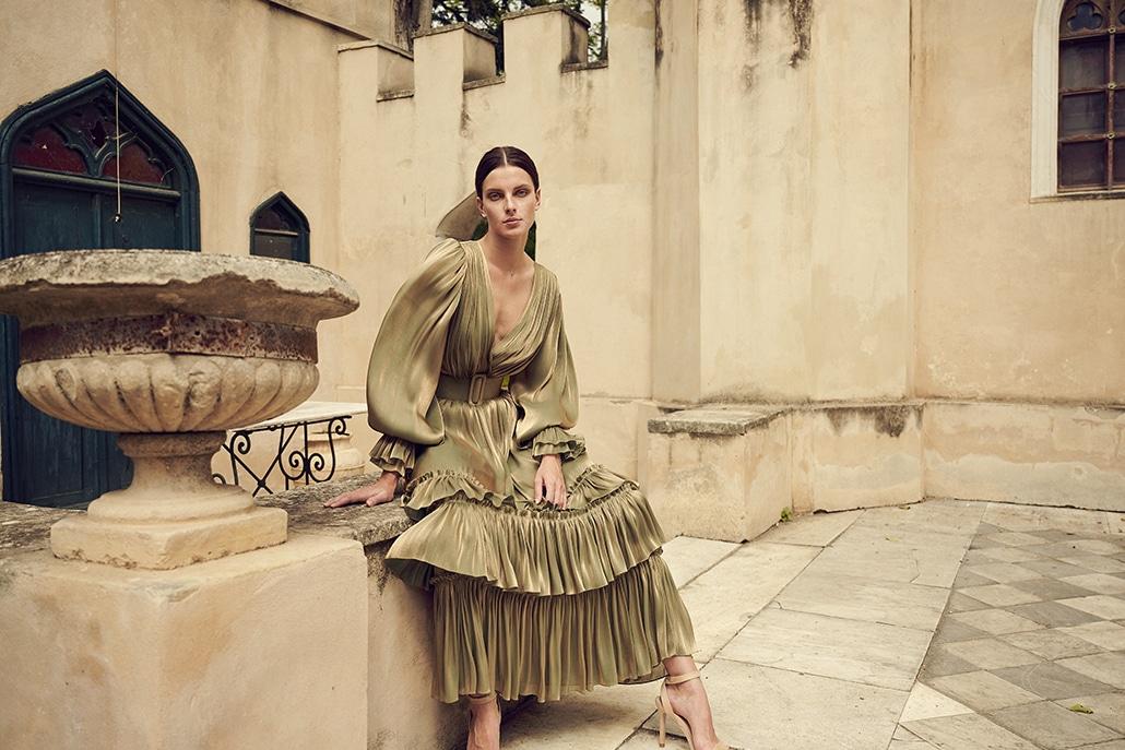 Αιθέρια φορέματα για γάμο από Christos Costarellos για εντυπωσιακές εμφανίσεις