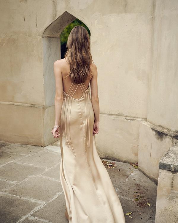 stunning-flowy-dresses-for-weddings_04