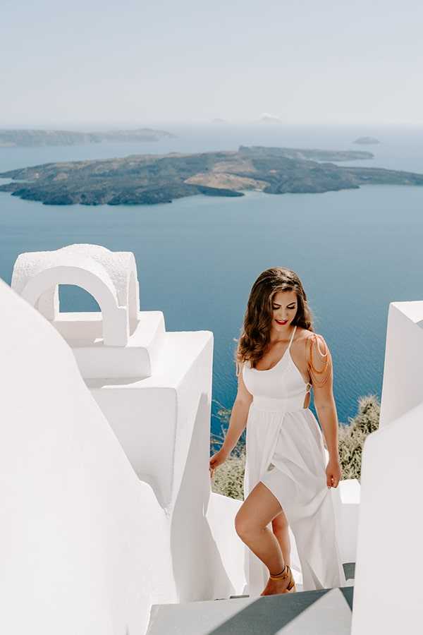 utterly-romantic-elopement-santorini-island-montern-details_05x