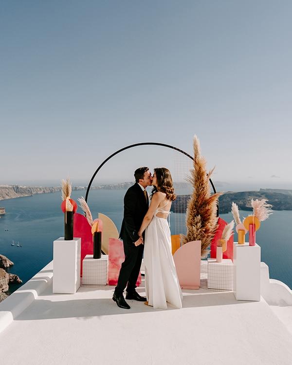 utterly-romantic-elopement-santorini-island-montern-details_11