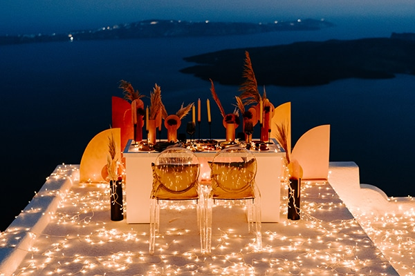 utterly-romantic-elopement-santorini-island-montern-details_22x