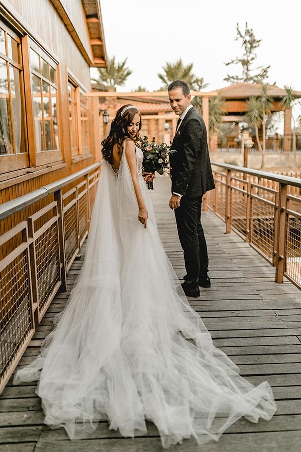 autumn-wedding-larnaca-white-coral-colors_02