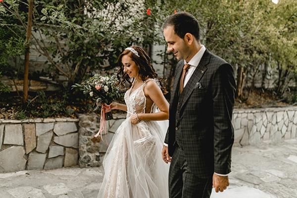 autumn-wedding-larnaca-white-coral-colors_06
