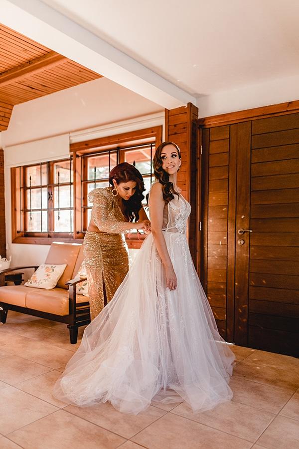 autumn-wedding-larnaca-white-coral-colors_08