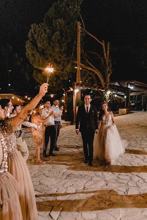 autumn-wedding-larnaca-white-coral-colors_39