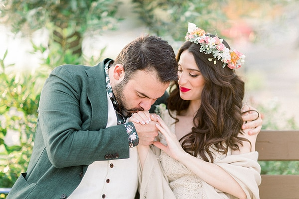 Μποέμ καλοκαιρινός γάμος στη Θεσσαλονίκη με μπλε και χάλκινες αποχρώσεις│ Κατερίνα & Άρης