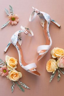 Floral νυφικά παπούτσια