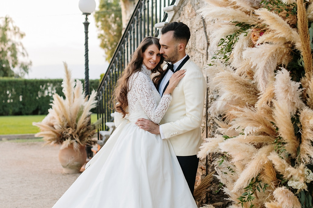 Chic μποέμ φωτογράφιση με μοναδικές ιδέες διακόσμησης γάμου σε ιβουάρ – χρυσές αποχρώσεις