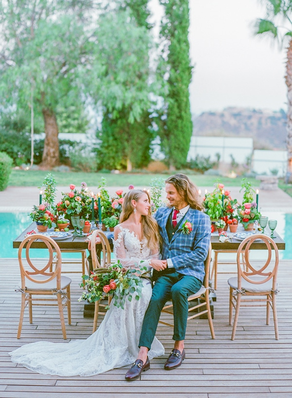 dreamy-tuscany-inspired-styled-shoot-stunning-emerald-green-red-hues_18x