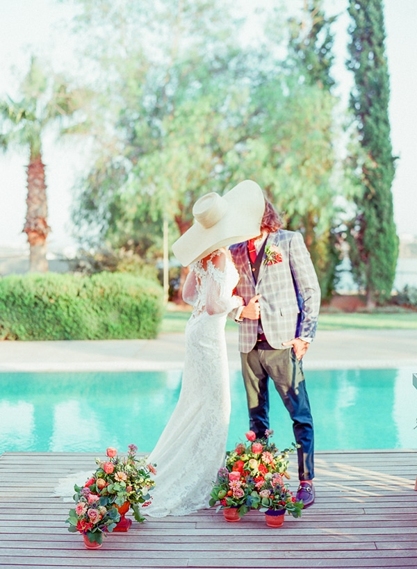 dreamy-tuscany-inspired-styled-shoot-stunning-emerald-green-red-hues_19