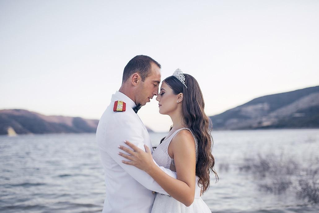 Στρατιωτικός γάμος στη Λεμεσό με ελιά και λευκά τριαντάφυλλα │ Άννα & Νικόλας